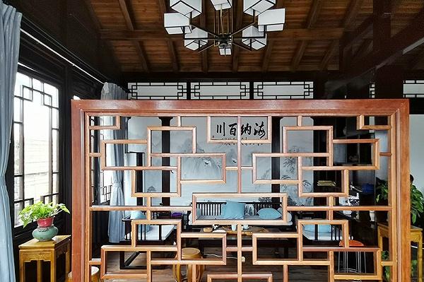 防腐木木屋屋内设计
